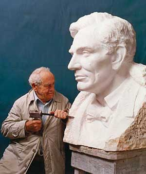 Avard T. Fairbanks carving Abraham Lincoln